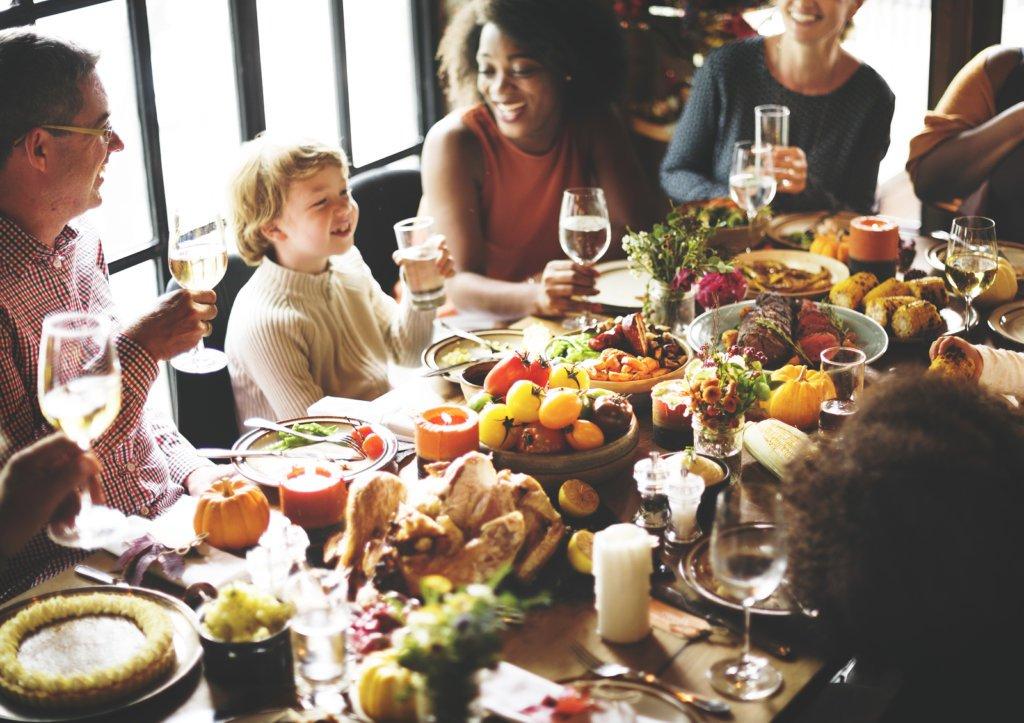 3-motivos-para-seu-jantar-em-familia-ser-no-domenico